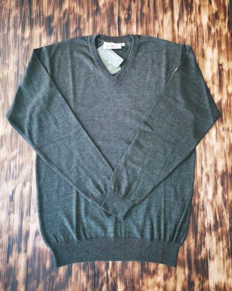 Pullover V-Ausschnitt 48